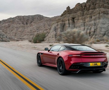 aston-martin-dbs-superleggera-22.jpg