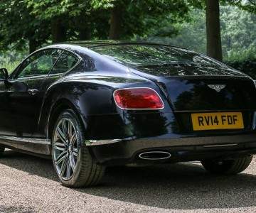 elton-johns-bentley-continental-gt-speed-(1).jpg