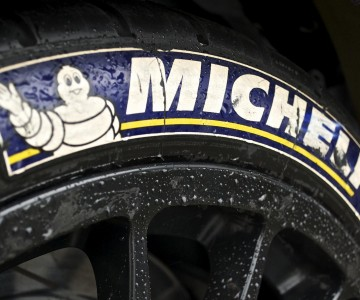 michelin-tyres-slick.jpg