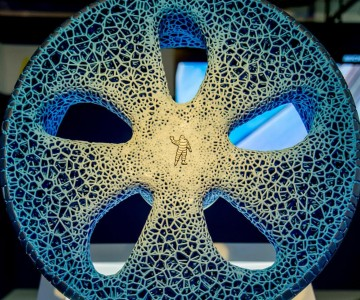 michelin-visionary-concept-3d-printer-tire-text-front-1500x1000.jpg
