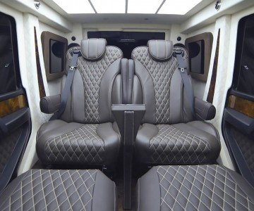 armored-mercedes-amg-g63-limo (1).jpg