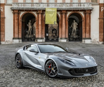 ferrari_812_superfast_41.jpg