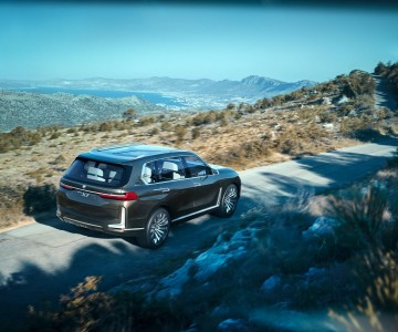 bmw_concept_x7_iperformance_86.jpg