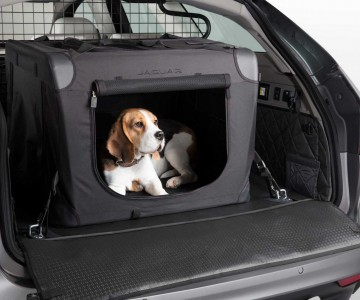 jaguar-pet-accessories-for-xf-sportbrake.jpg