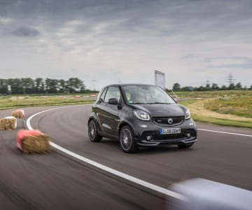 smart_brabus_fortwo_xclusive_coupe_20.jpg