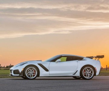 2019-chevy-corvette-zr1-hpe1200-by-hennessey (1).jpg