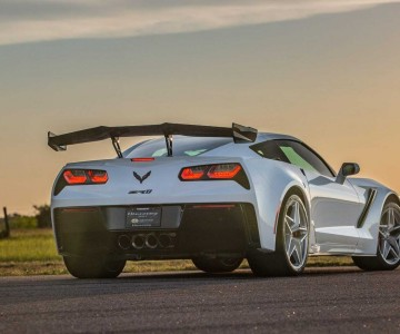 2019-chevy-corvette-zr1-hpe1200-by-hennessey (3).jpg